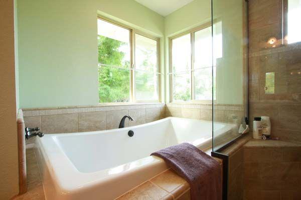 7 colores de inspiración para pintar el baño