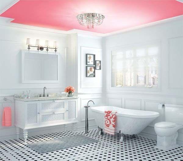 Baños con techos de colores, divertidos y diferentes