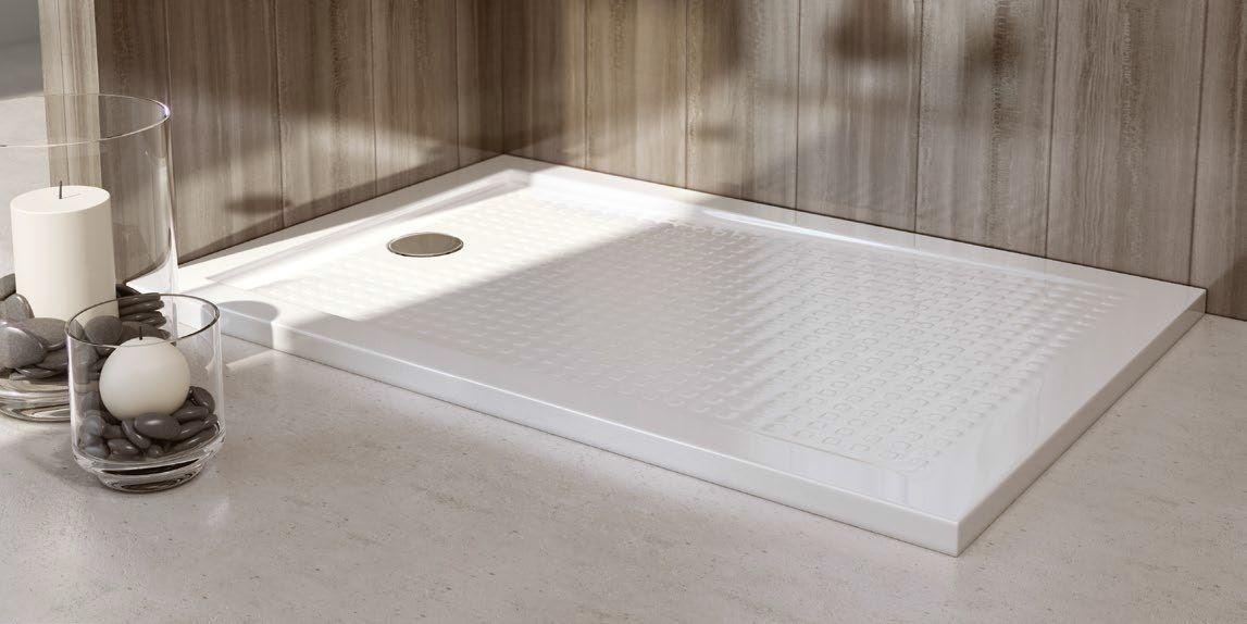 Platos de ducha acrílicos: idea económica para tu bano